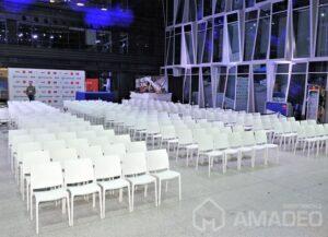 wynajem bialych krzesel eventowych MAYA 02